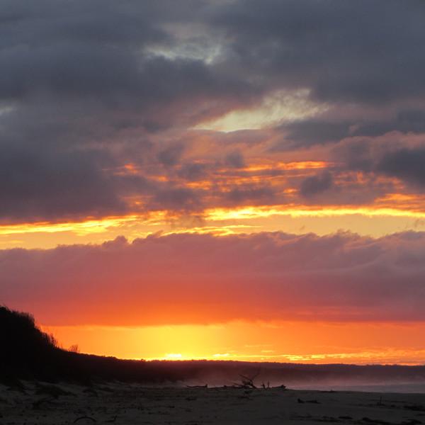 Vychod slunce na Cape Conran